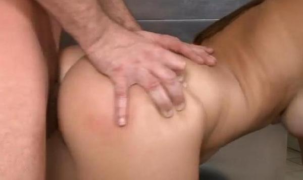 Foto 5 del Relato erotico: Mi mujer y su exnovio vuelve a cogerla